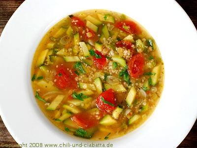 Bunte Gemüsesuppe