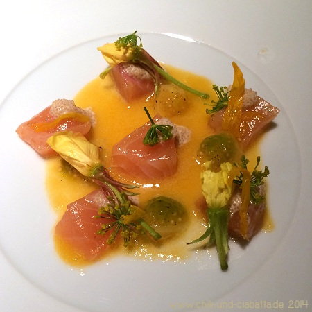 Seeforelle und gelbe Tomate