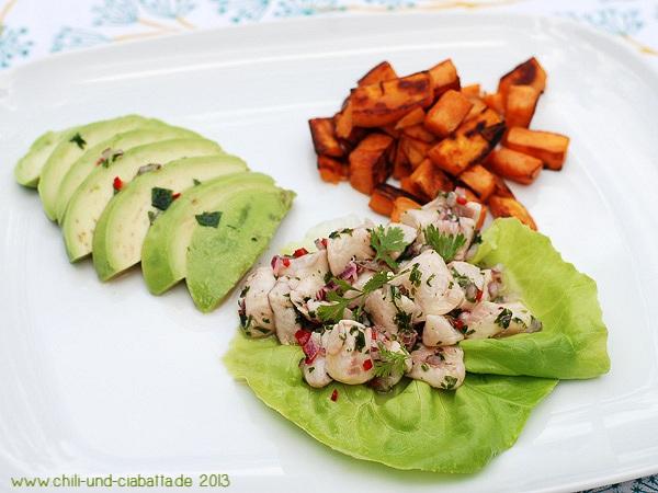 Forellen-Ceviche mit Avocado und gebratenen Süßkartoffeln