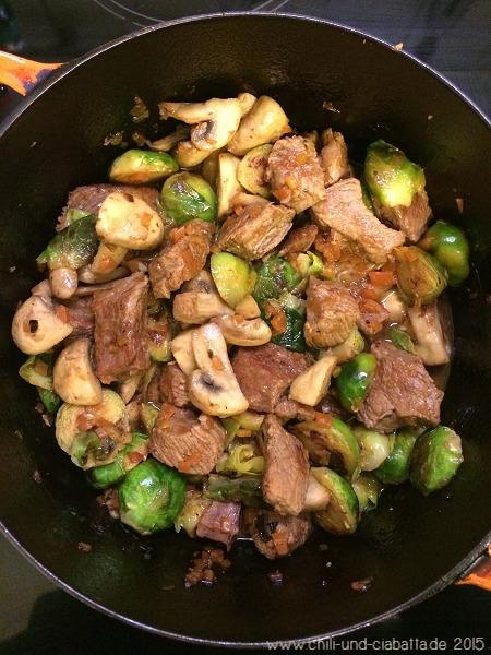 Kalbfleisch mit Gemüse