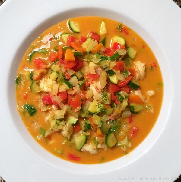 Garnelencurry mit Paprika, Zucchini und Fenchel