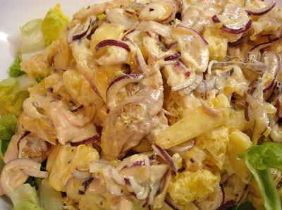 Geflügelsalat mit Ananas und Orange