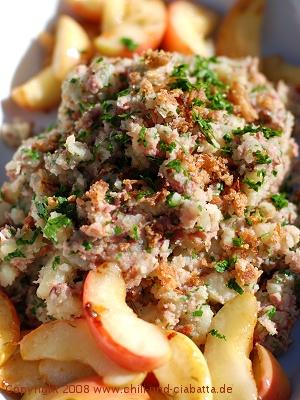 Kartoffelstampf mit Leberwurst und karamelliseirten Äpfeln