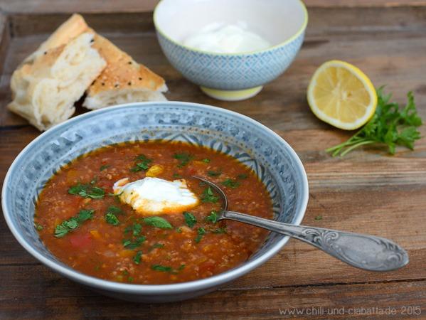 Libysche Suppe mit Lamm und Couscous