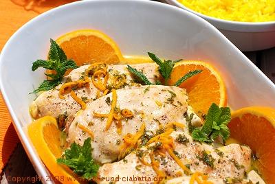 Hühnerbrust mit Orangen-Minze-Sauce