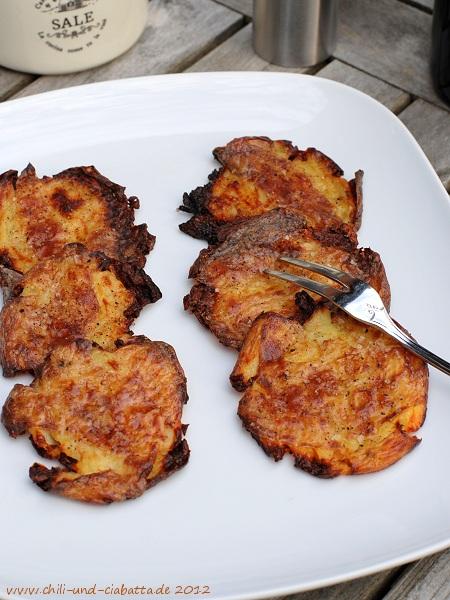 Platt gebackene Kartoffeln