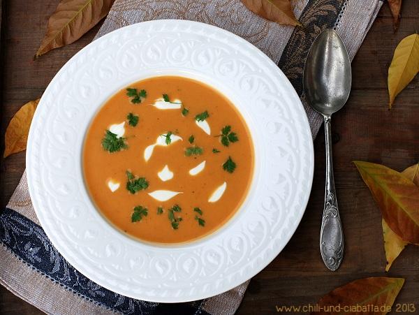 Süßkartoffelsuppe mit Curry
