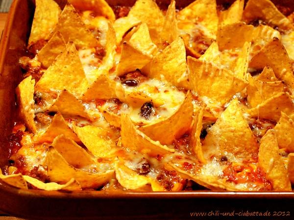 Hackfleisch-Mais-Auflauf mit Tortillachips