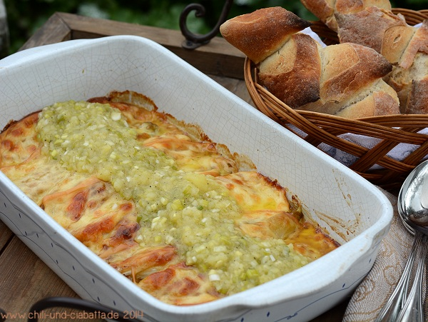 Gebratener Chicoree mit Scamorza und Kartoffel-Vinaigrette