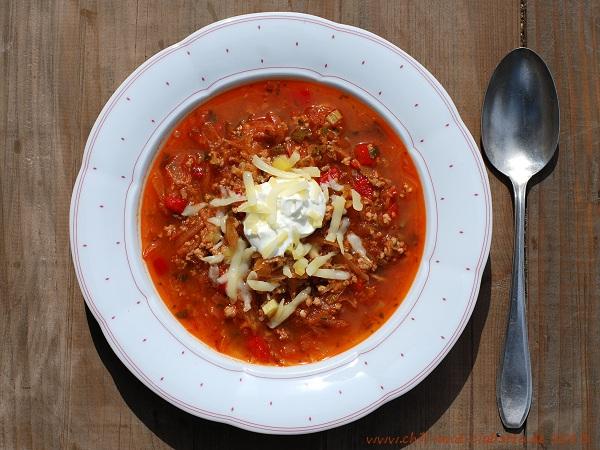 Sauerkraut-Chili-Suppe con carne