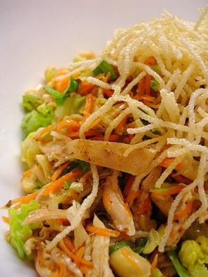 Chinesischer Hähnchensalat