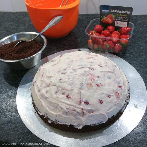 Making of Erdbeer-Maulwurfkuchen