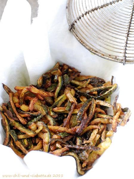 frittierte Zucchinistifte