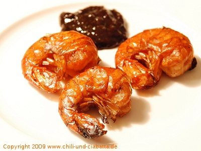 Geräucherte Garnelen mit Zwetschgen-Chutney