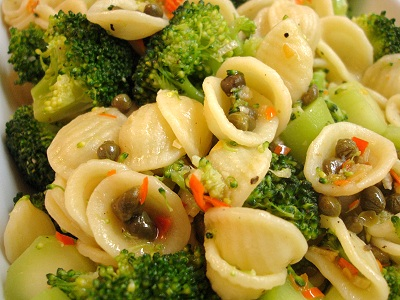 Orecchiette mit Chili-Broccoli