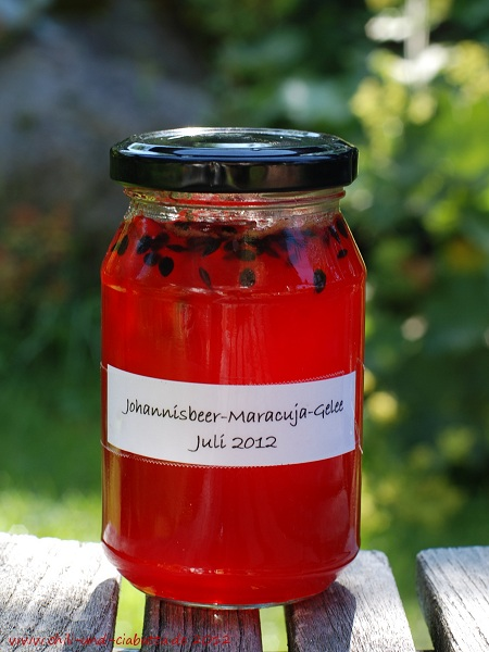 Johannisbeer-Maracuja-Gelee