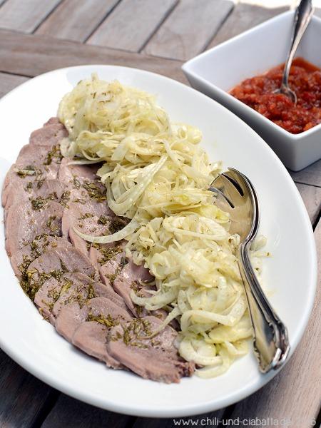 Kalbszungensalat mit Fenchel, Estragon und Tomaten-Relish