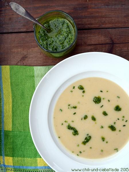 Kartoffel-Zitronen-Suppe mit Schnittlauch-Pesto