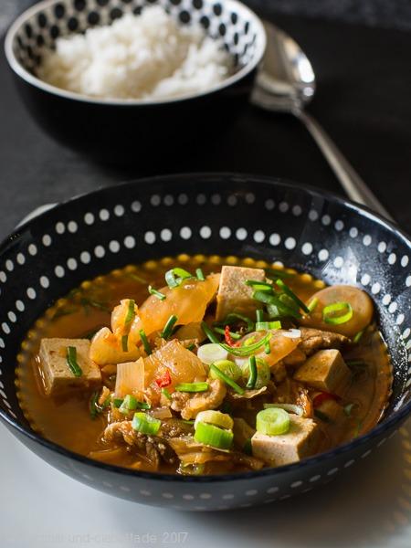 Kimchi Jjigae Kimchi-Topf
