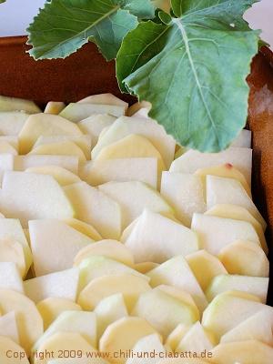eingeschichtete Kohlrabi und Kartoffeln
