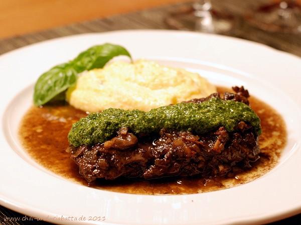 Skirt Steak aus dem Crockpot mit Basilikumsauce
