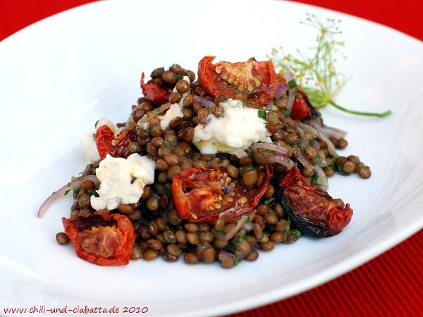 Linsensalat mit ofengetrokneten Tomaten und Gorgonzola