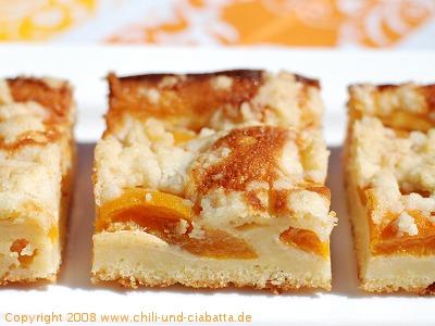 Pfirsich-Mascarpone Streusel-Kuchen