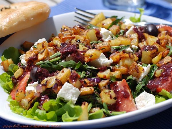 Rucolasalat mit Oliven-Vinaigrette