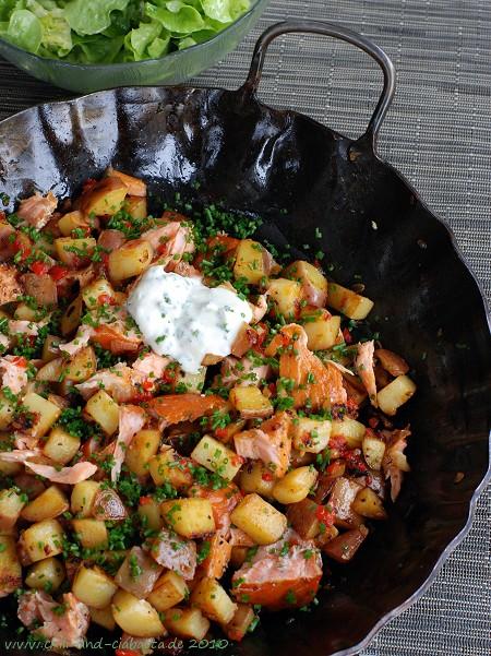 gebratene Kartoffeln mit Stremellachs und Schnittlauch-Creme