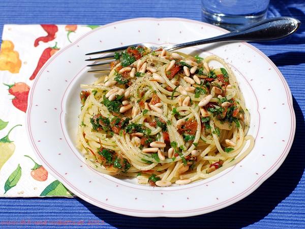 Petras Spaghetti aglio e olio